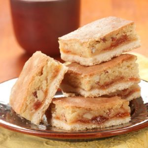 Quick Apricot Almond Bars
