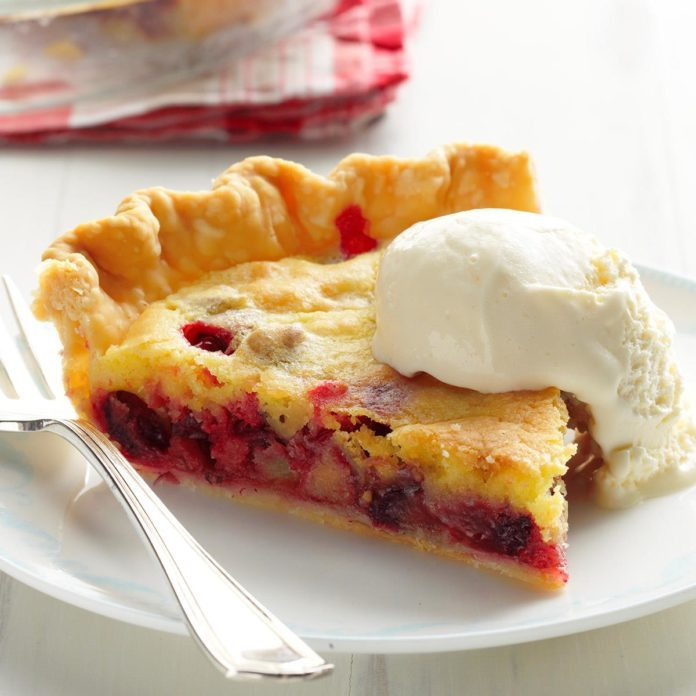 Cranberry and Walnut Pie