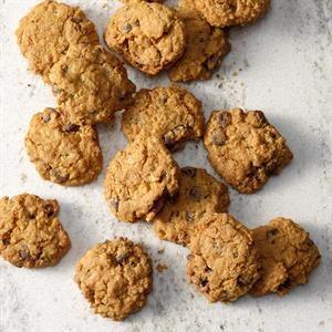 Air-Fryer Chocolate Chip Oatmeal Cookies