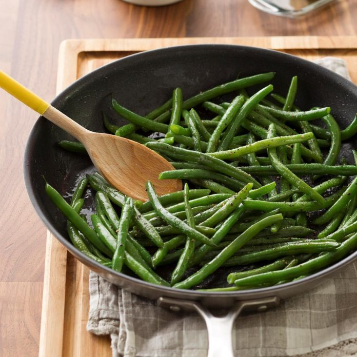 Easy Sauteed Green Beans