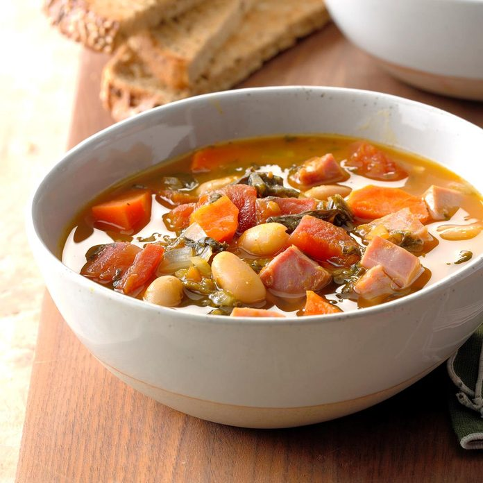 Ham And White Bean Soup Exps Edsc18 81607 B03 20 2b 3