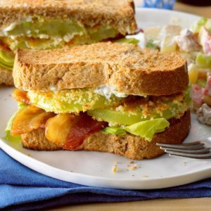 Air-Fryer Green Tomato BLT