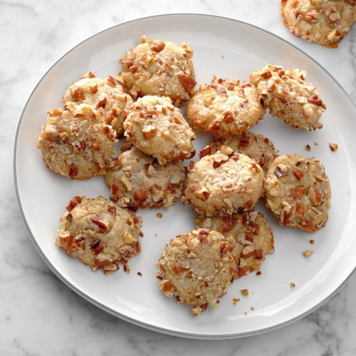 Scandinavian Pecan Cookies