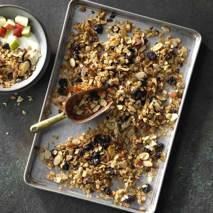 Slow Cooker Coconut Granola