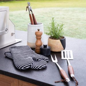 14 Things You Need at Your Grilling Station