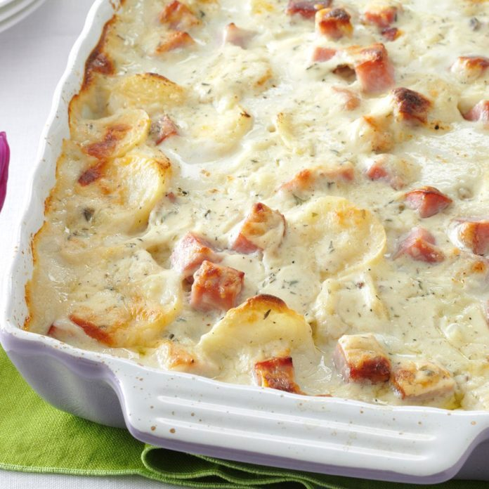 Alabama: White Cheddar Scalloped Potatoes