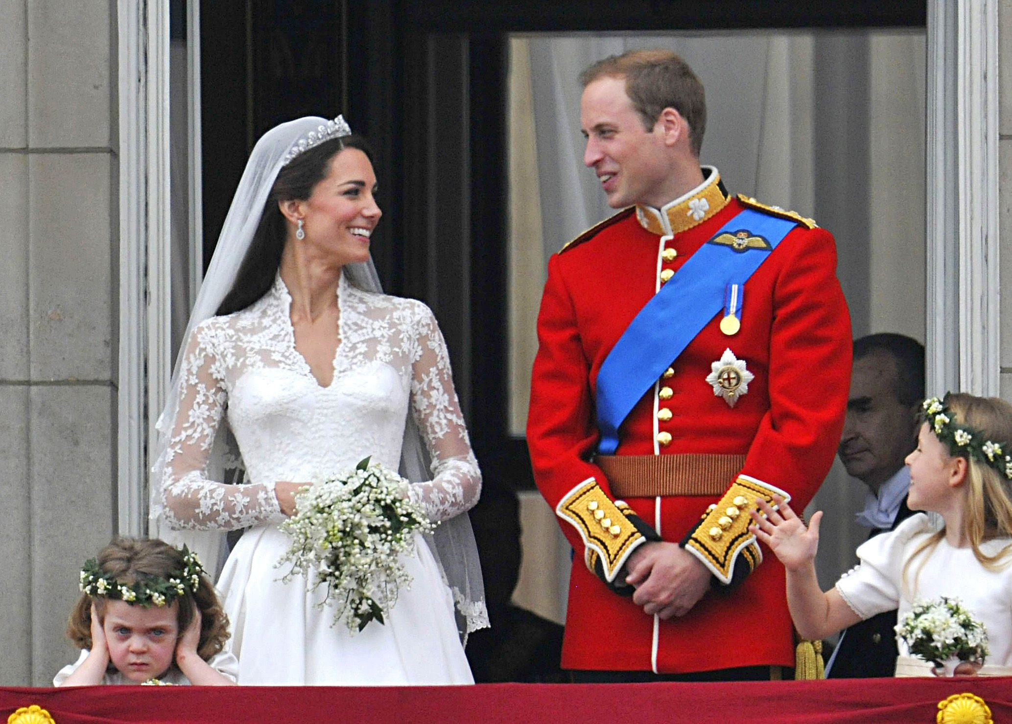 Here\'s Why Fruitcake Is the Traditional Royal Wedding Cake Flavor ...