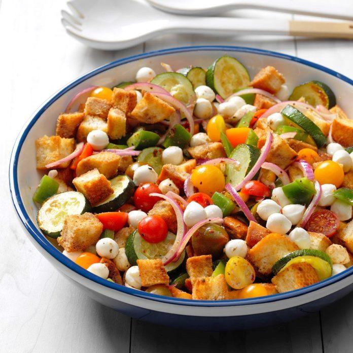 Zucchini Panzanella Salad