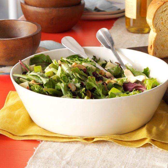 Apple Cranberry Cashew Salad