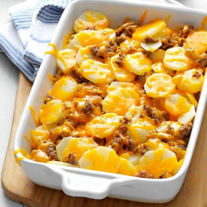 cheesy sausage potato casserole