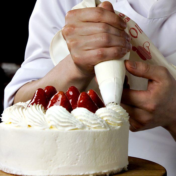 cake; Shutterstock ID 144779803; Job (TFH, TOH, RD, BNB, CWM, CM): Taste of Home