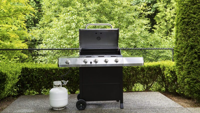 How to Reset the Propane Regulator on a Gas Grill | Taste of