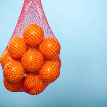 The Real Reason Why Oranges Are Sold in Red Mesh Bags