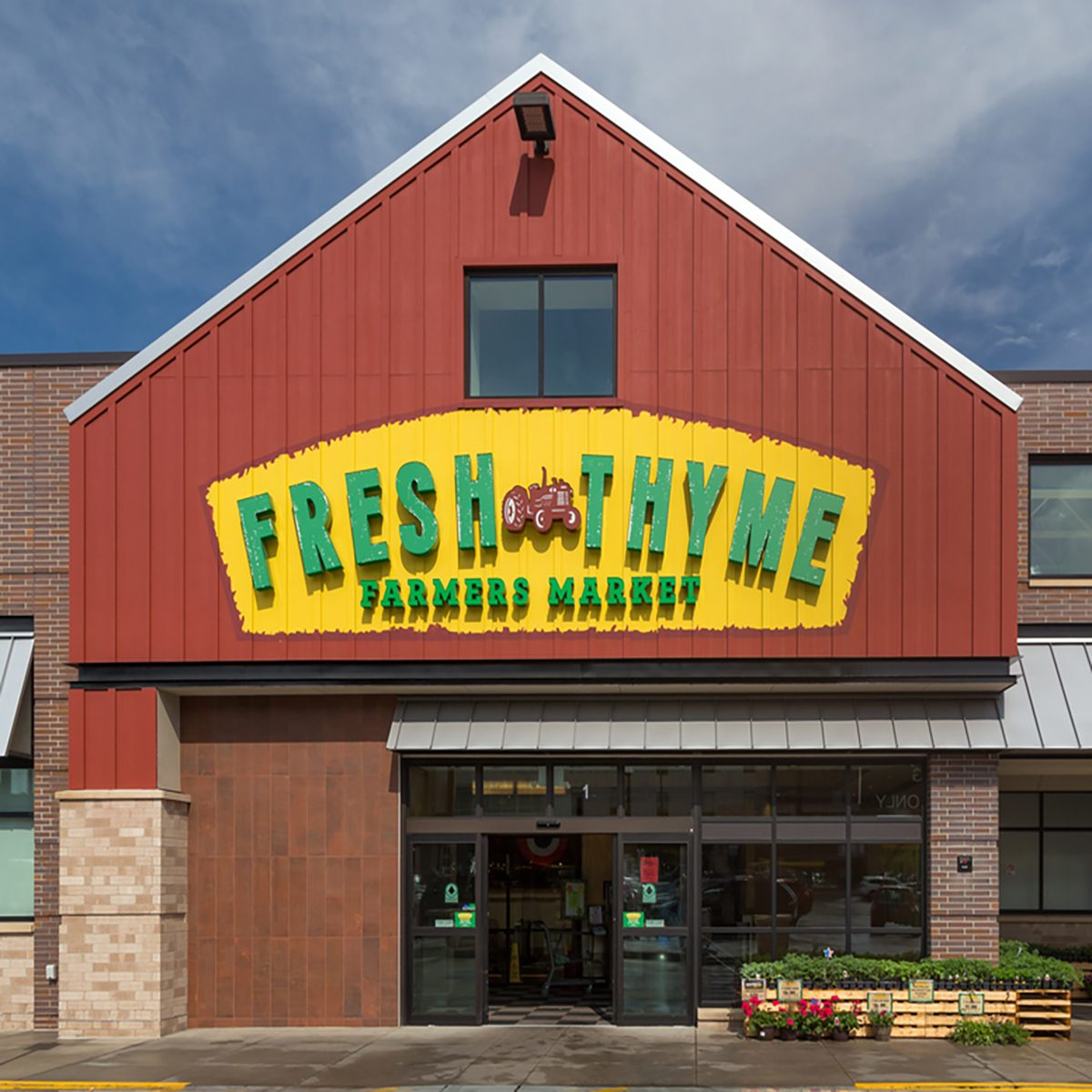 9 Ways to Save Money at Fresh Thyme Farmers Market | Taste of Home