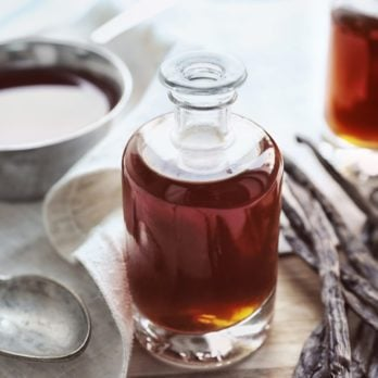 What's the Best Type of Vanilla Extract?