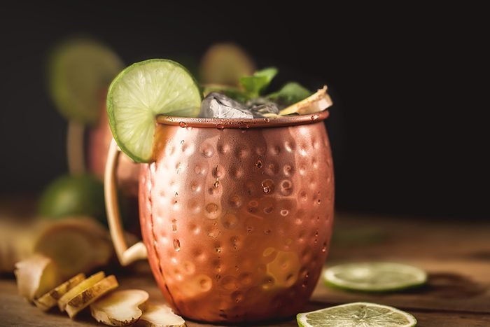 Moscow mule cocktail with lime, mint and ginger