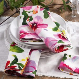 4 Pretty Table Linen Ideas for Picture-Perfect Parties
