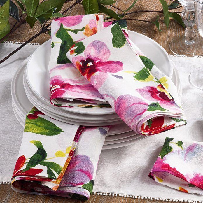 Linen mix flower tablecloth.