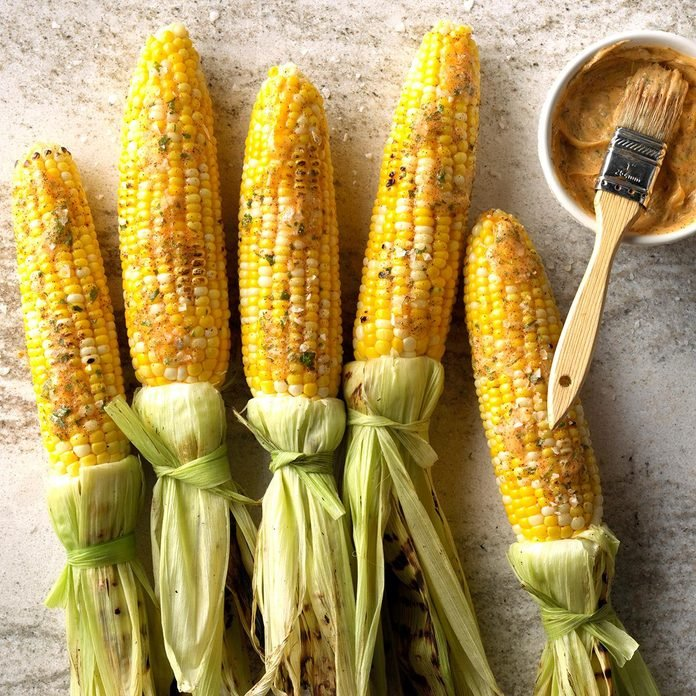 Easy Grilled Corn With Chipotle Lime Butter Exps Sdas18 227475 C04 04  5b 7