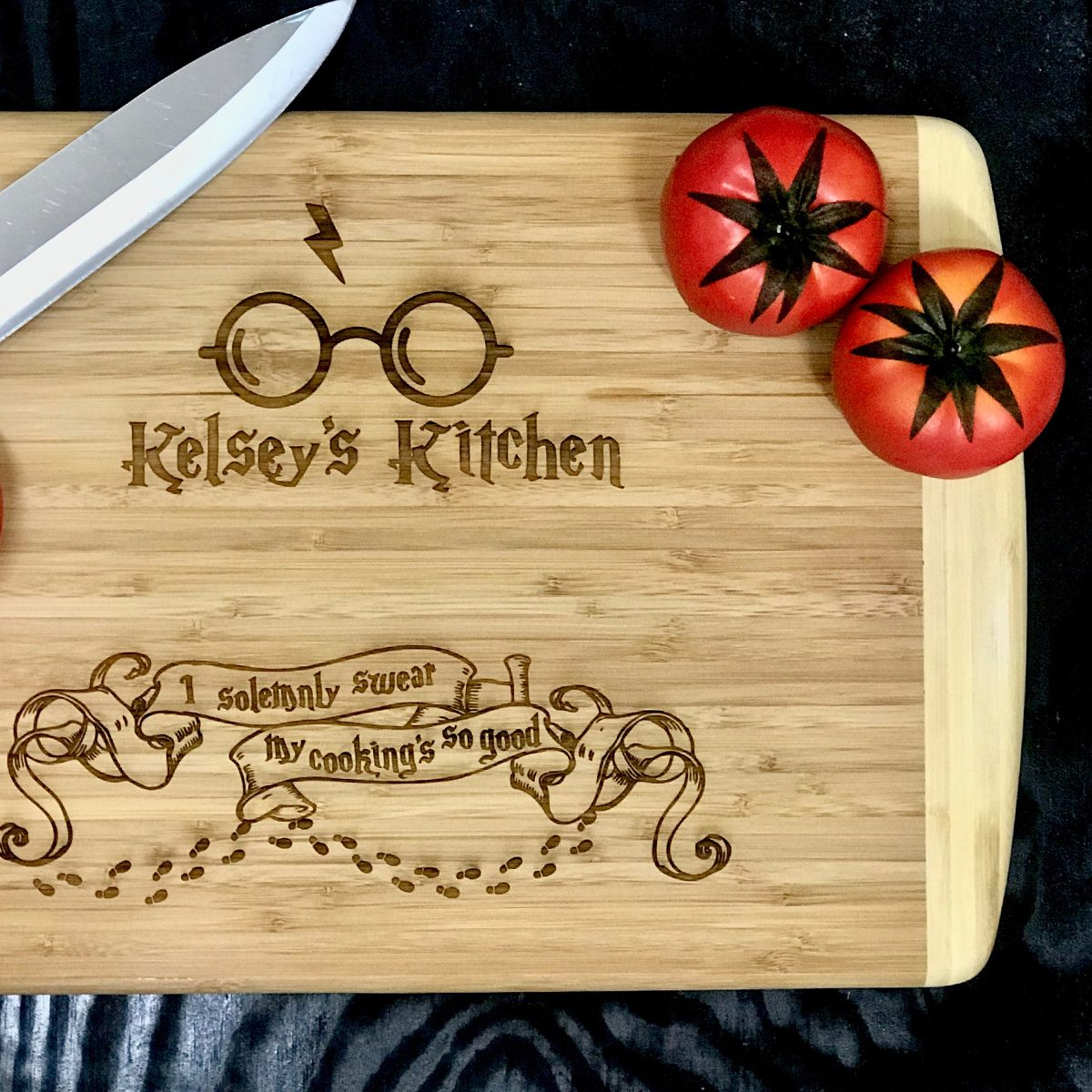 Harry Potter cutting board Etsy / EPS Digital