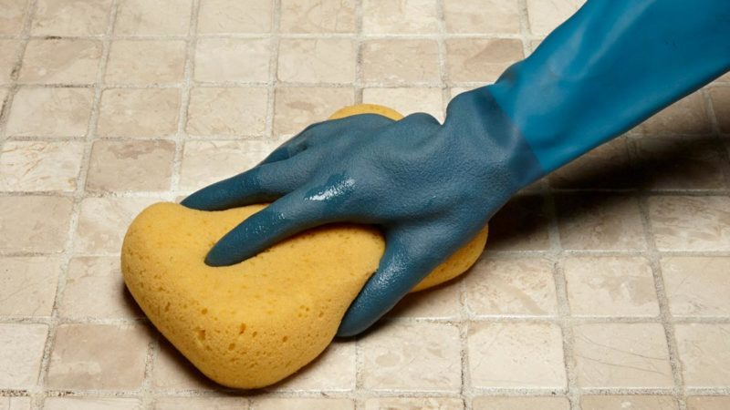 How to Whiten Grimy Grout