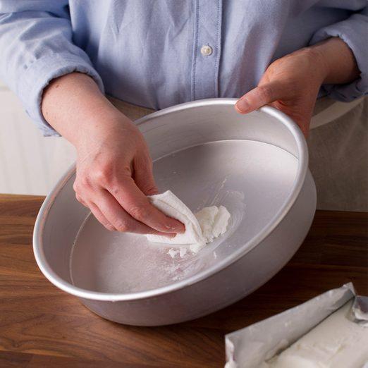 The No-Fail Way to Grease a Cake Pan
