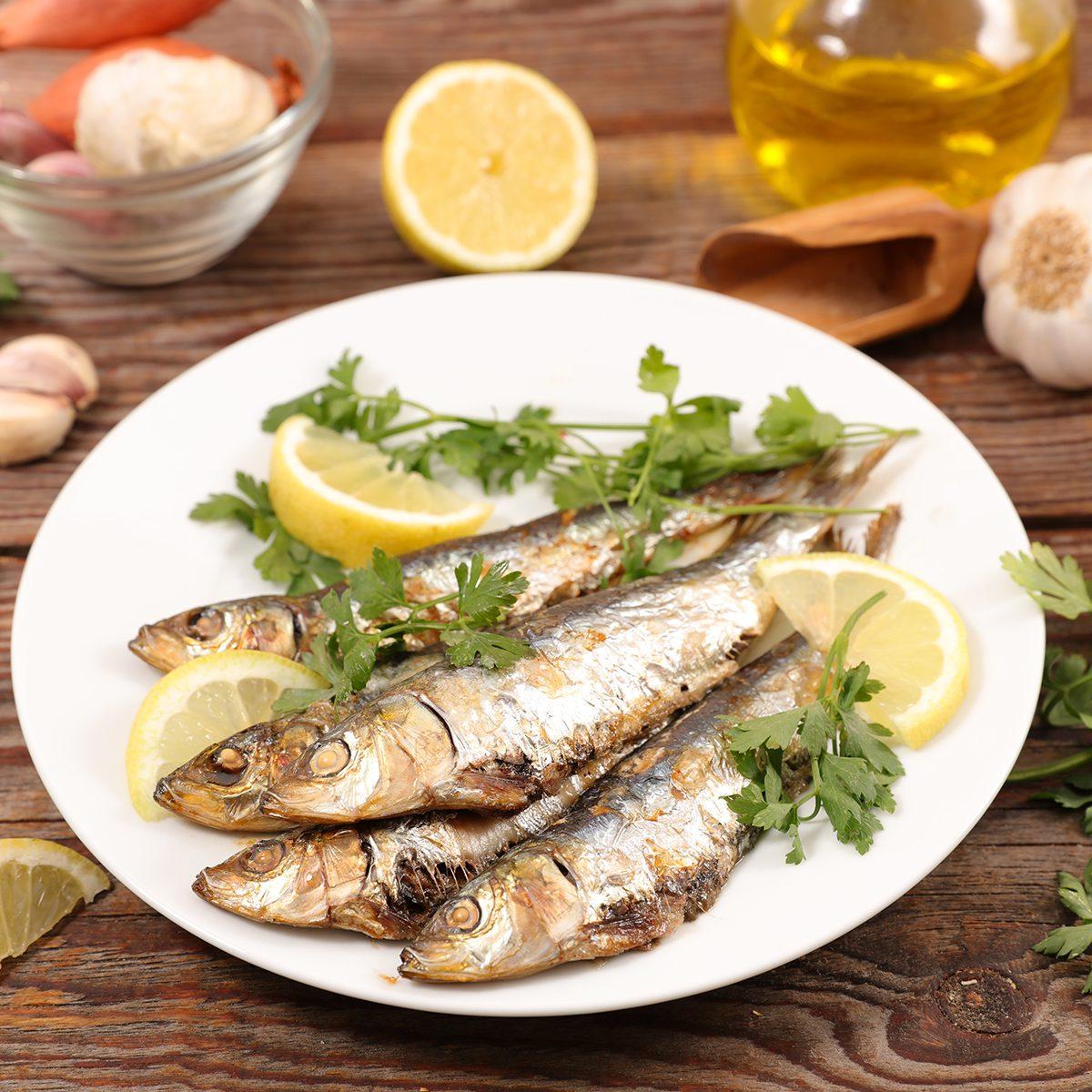 fried fish and lemon