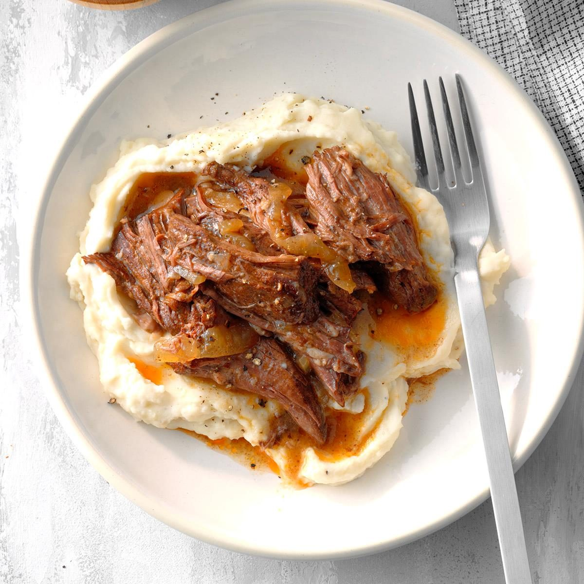 Slow cooker recipes cover image