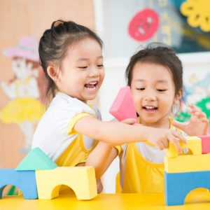 10 Secrets for the Perfect Playdate (Hint: Snacks Are Involved)