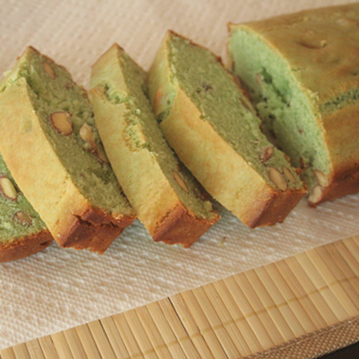 pistachio ice cream bread