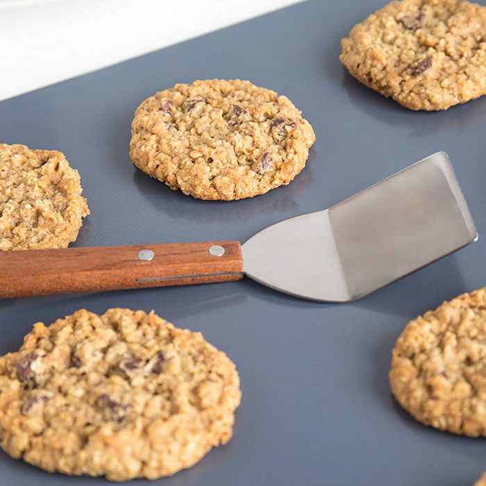 gifts for chocolate cookie lovers, cookie spatula