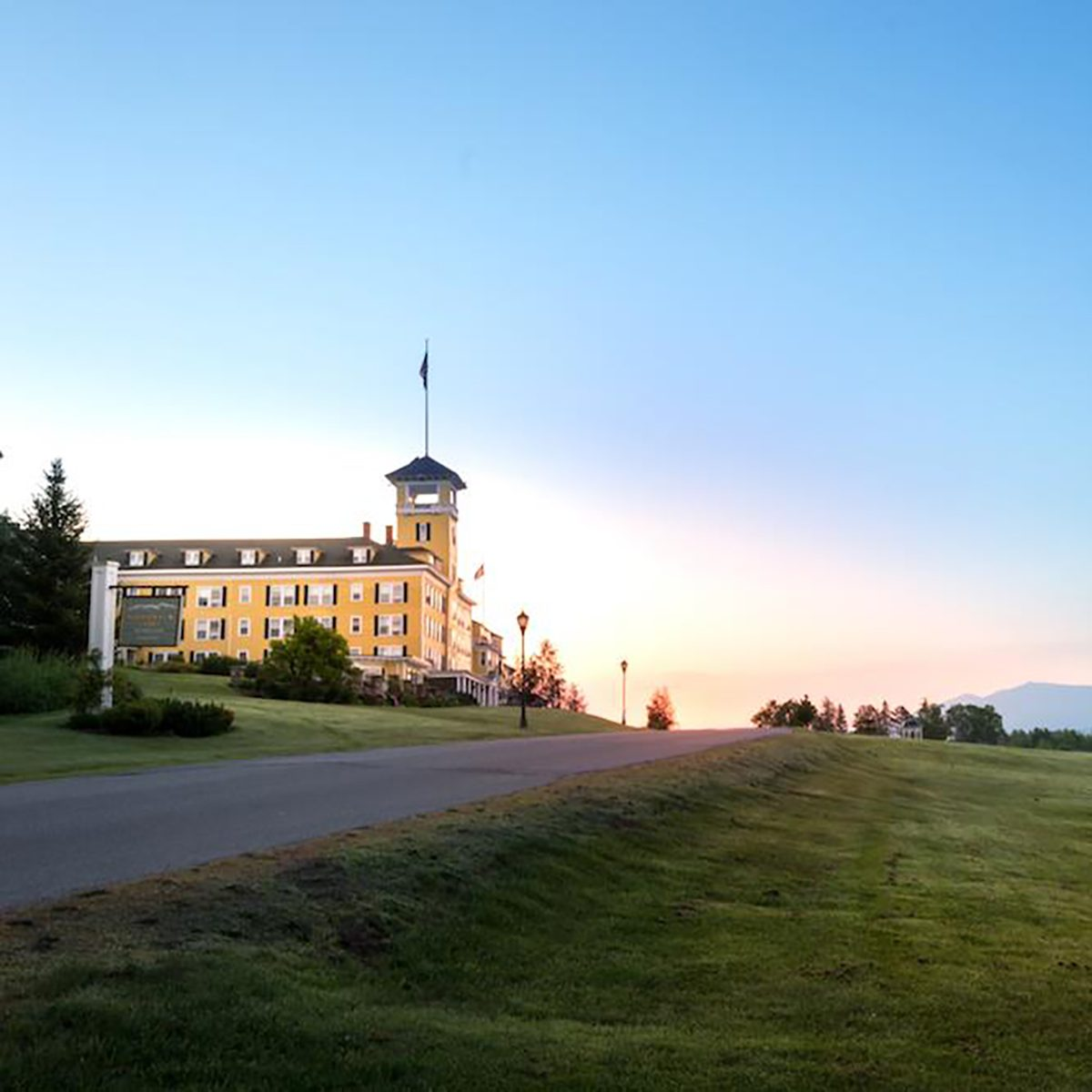 New Hampshire Mountain View Grand Resort & Spa