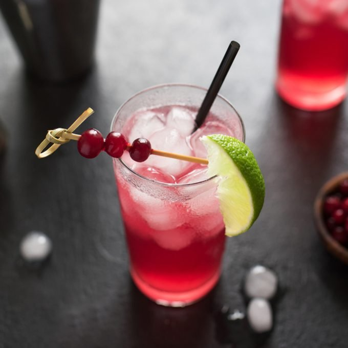 Cape Codder Cocktail with lime and ice