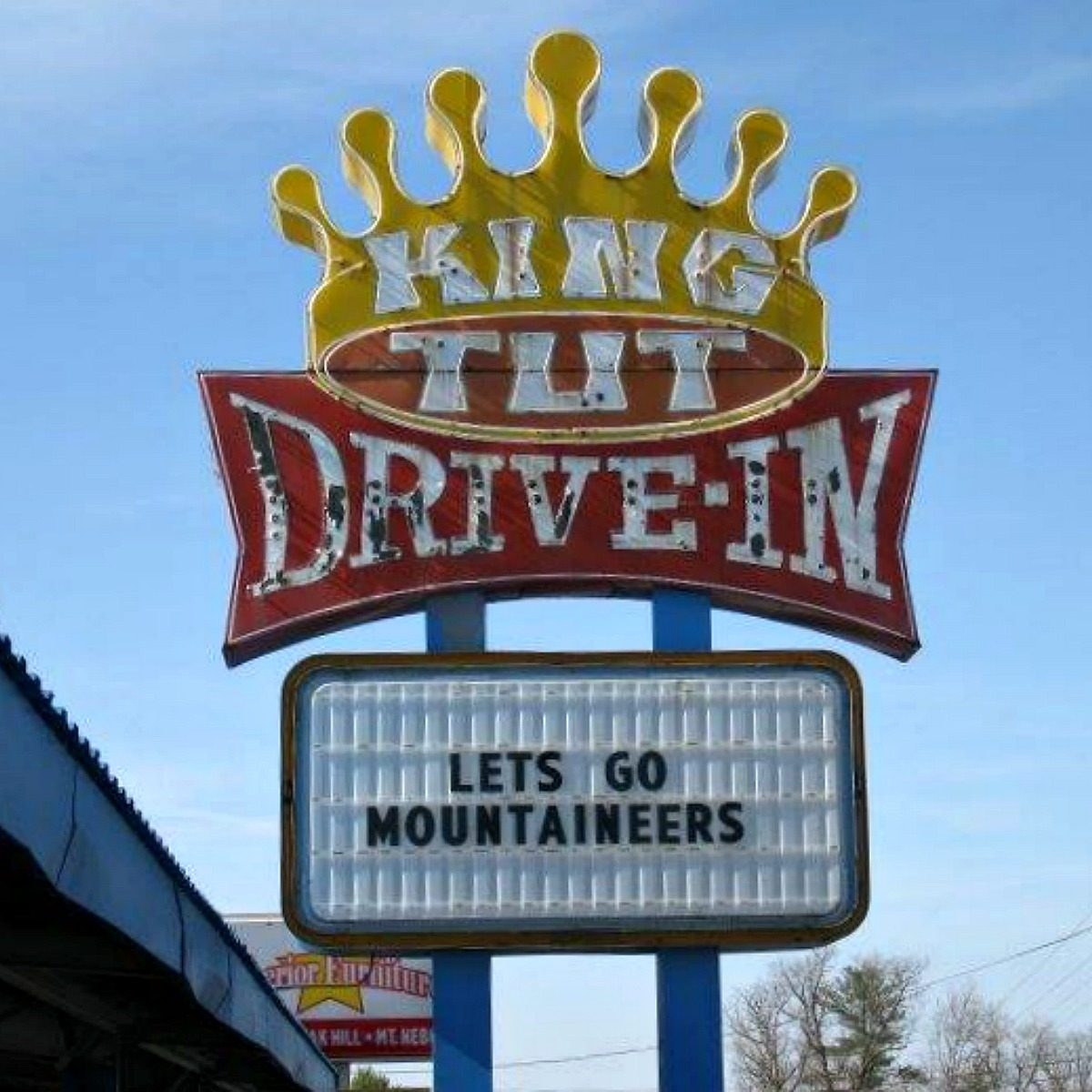 King Tut Drive-In sign