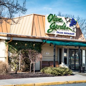 10 Secrets You Need to Know About Olive Garden's Menu
