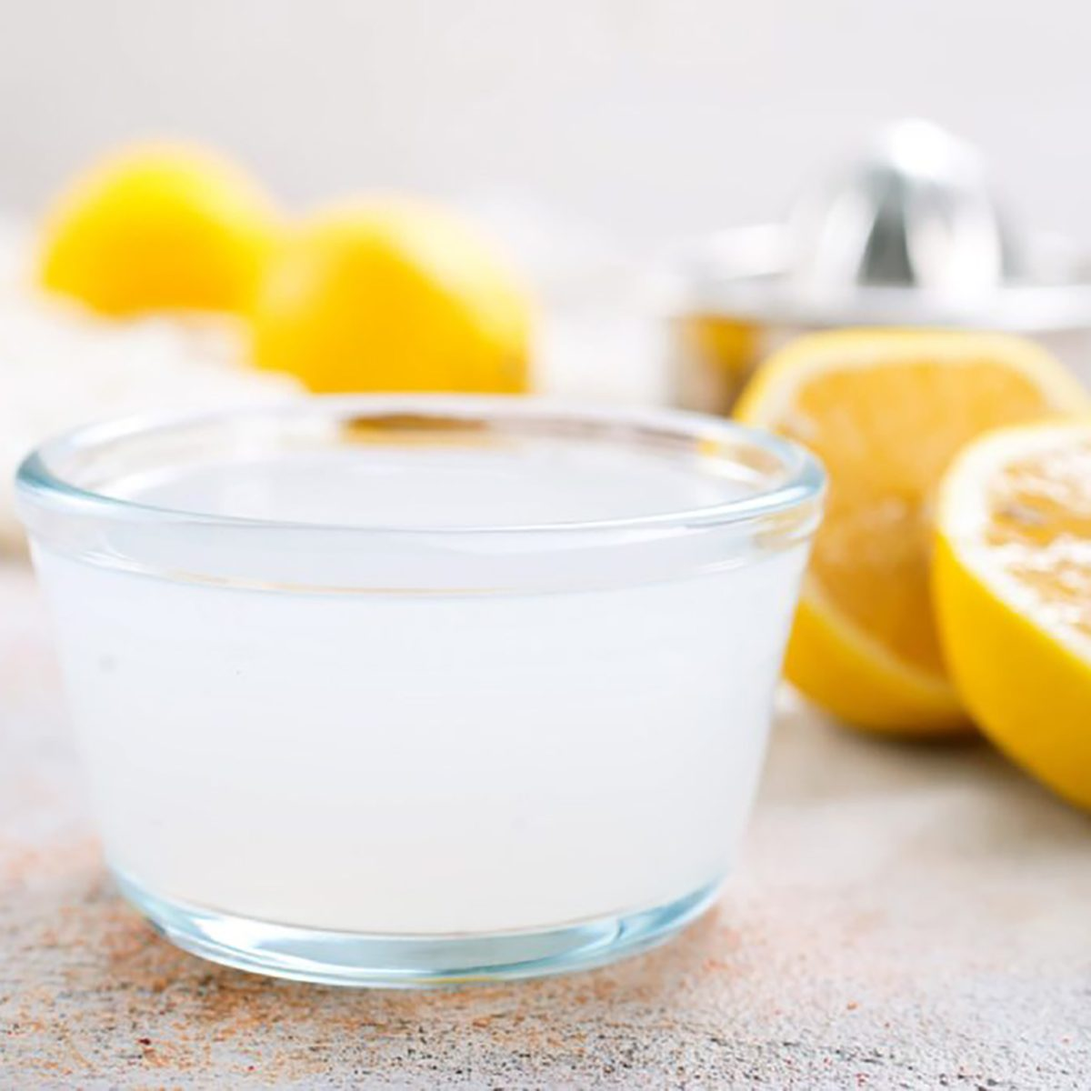 lemon juice, best natural cleaning products
