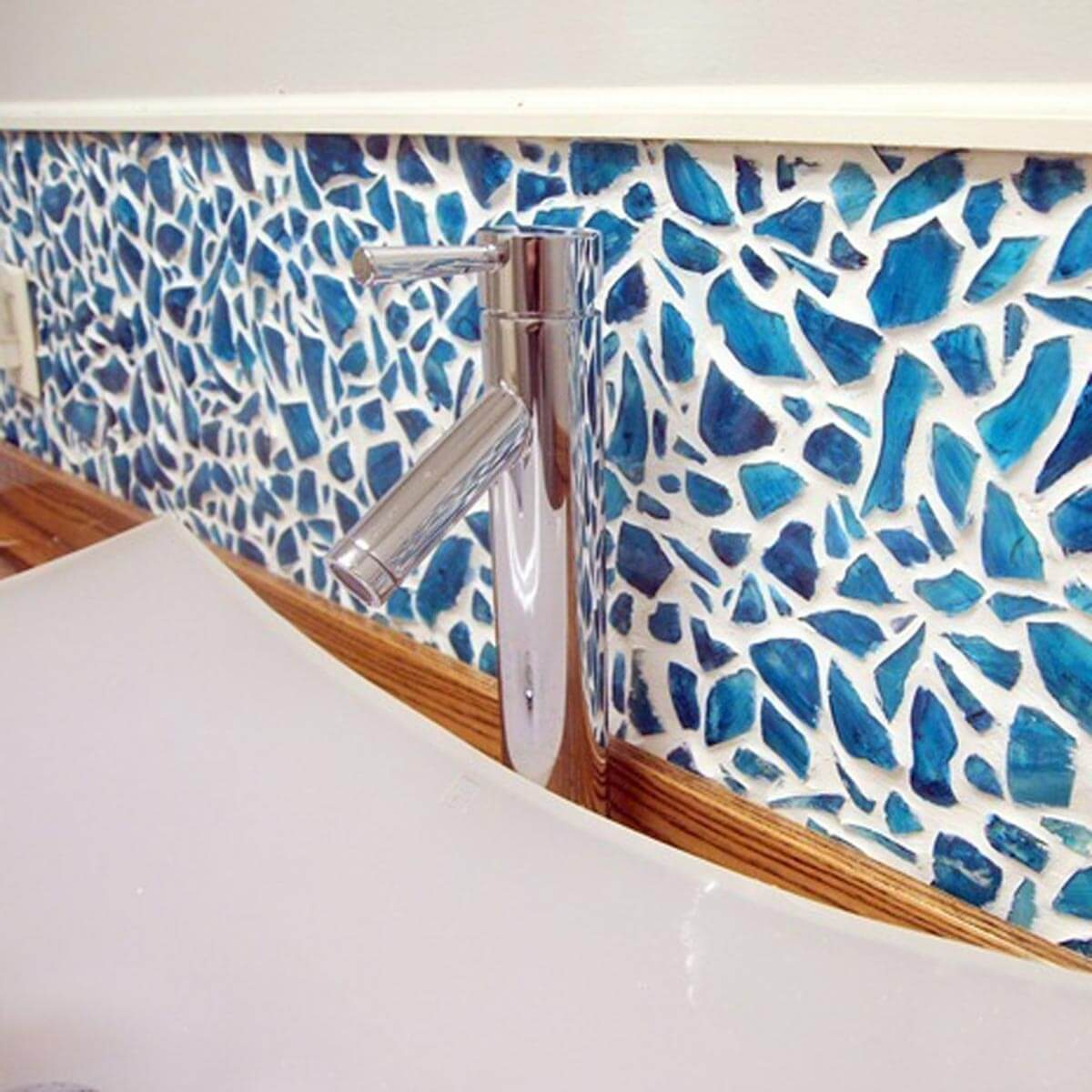 Blue mosaic backsplash