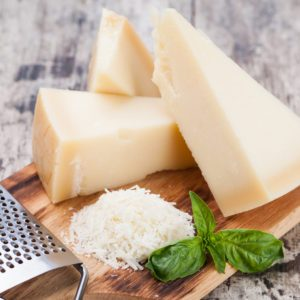 7 Healthy Cheeses to Add to Your Shopping List