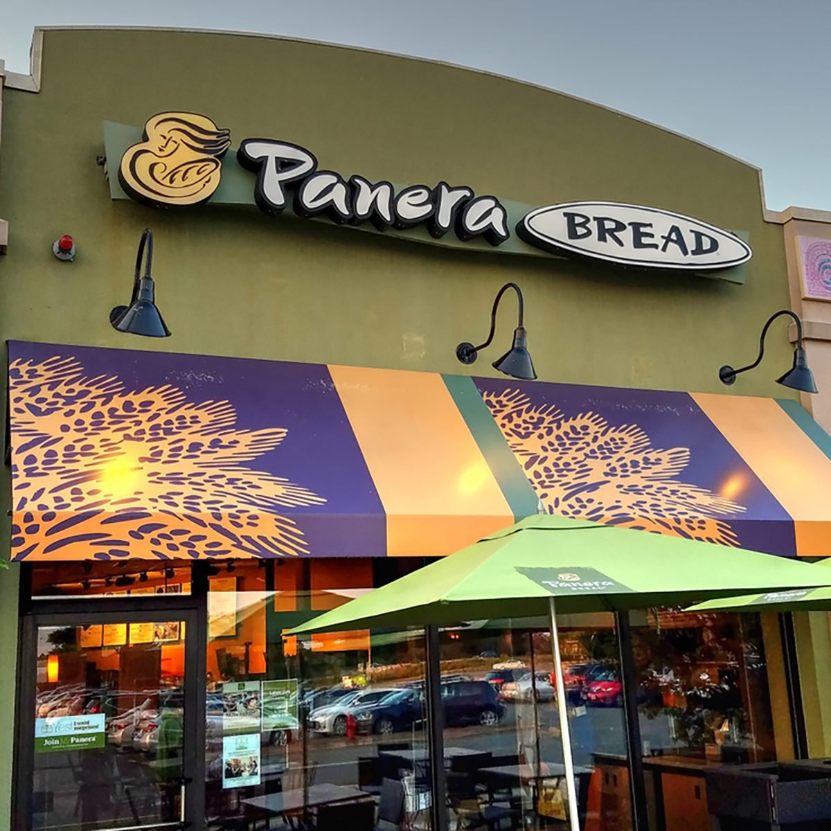 HDR image, Panera Bread sandwich restaurant, patio entrance