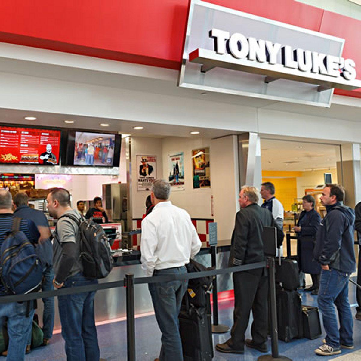 best airport restaurants tony luke's