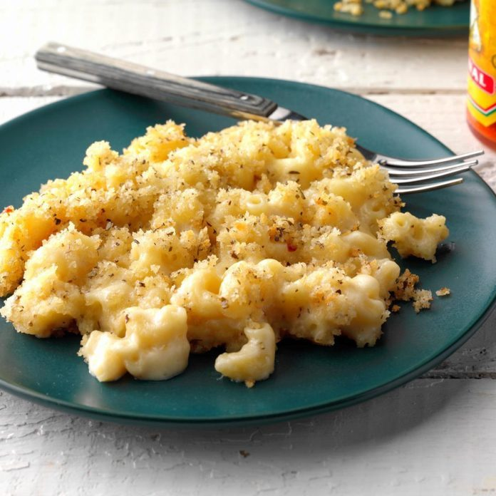 2nd Place: Crumb-Topped Macaroni and Cheese