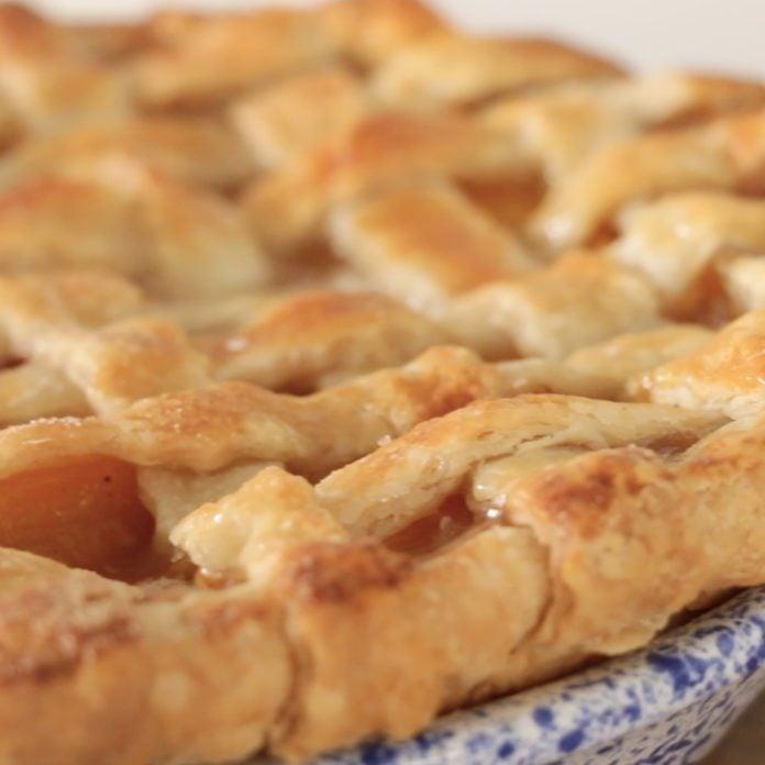 Which Pie Crust is Best? Butter, Lard, or Shortening