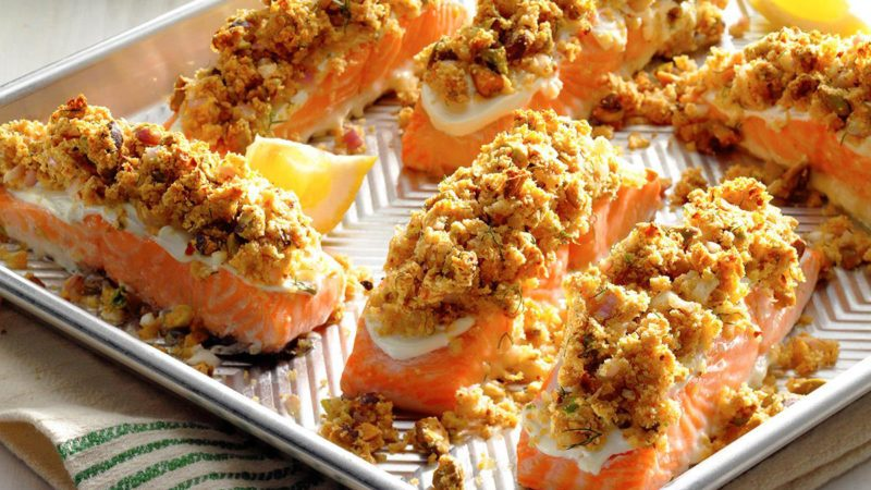 Learn how to cook salmon with horseradish pistachio crust