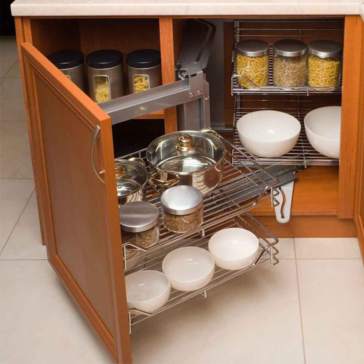 Expandable Shelves in Cabinets