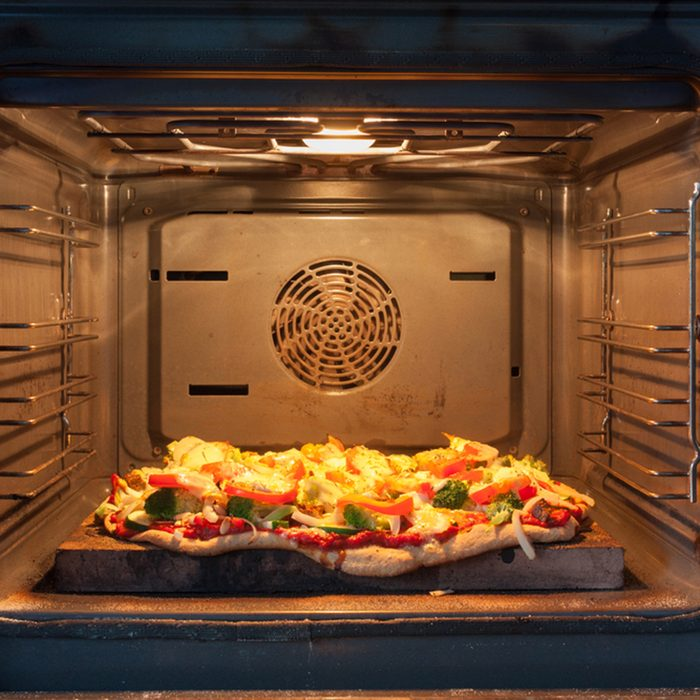 Cooking pizza in hot air oven
