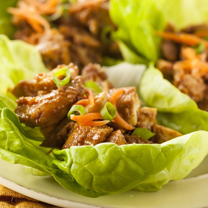 Healthy Asian Chicken Lettuce Wrap with Carrots;