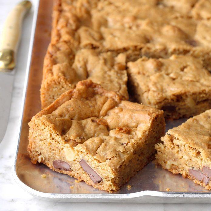 Chocolate Chunk Walnut Blondies Exps Thd18 132978 B08 02 5b 2