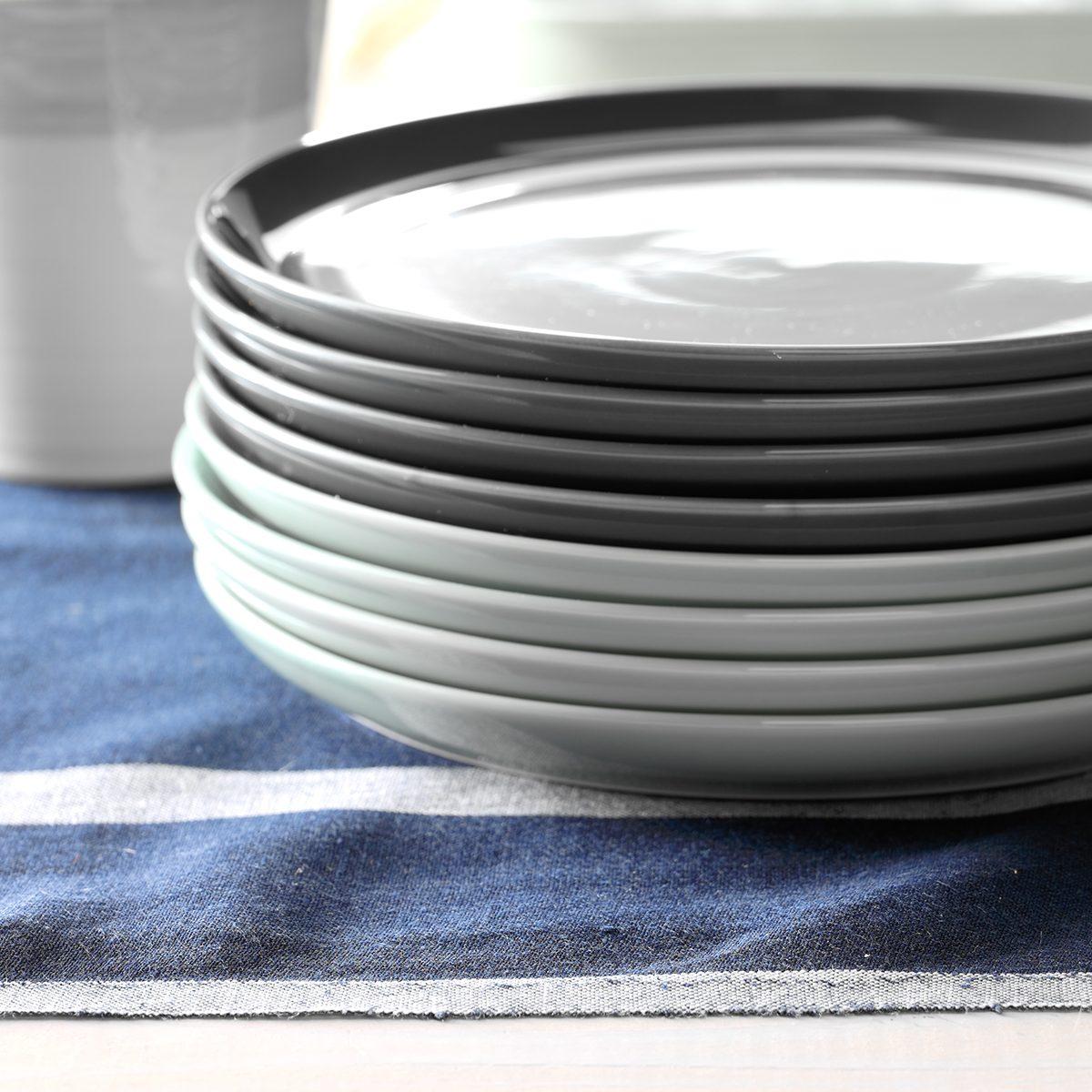 Friendsgiving Dinner Plates