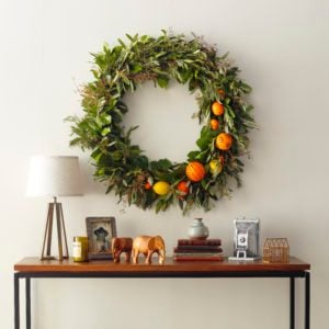 How to Make a Citrus Wreath