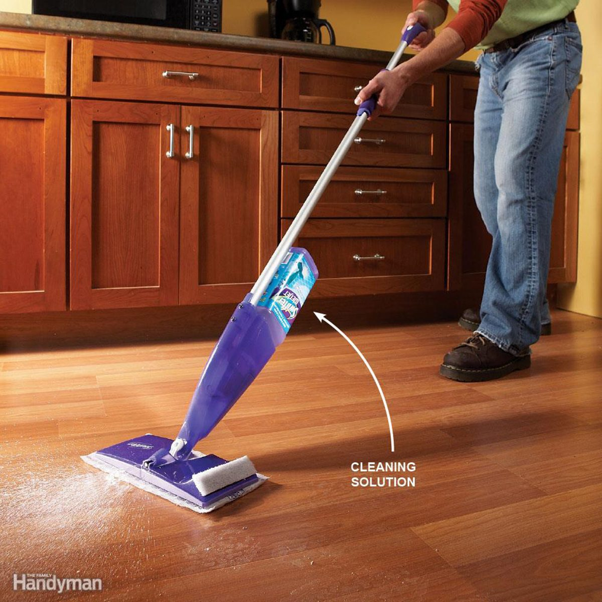 Cleaning hard floors